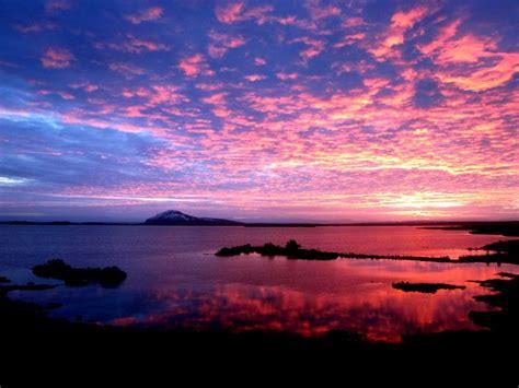 sunrise sunset  lake myvatn iceland epod
