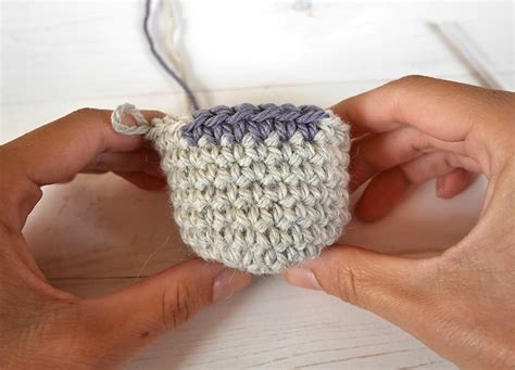 how to change color in crochet how to seamlessly change colors in crochet in the
