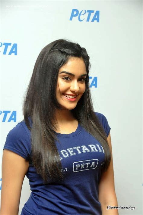 actress name of commando 2 adah sharma commando 2 actress hot thighs showing photos
