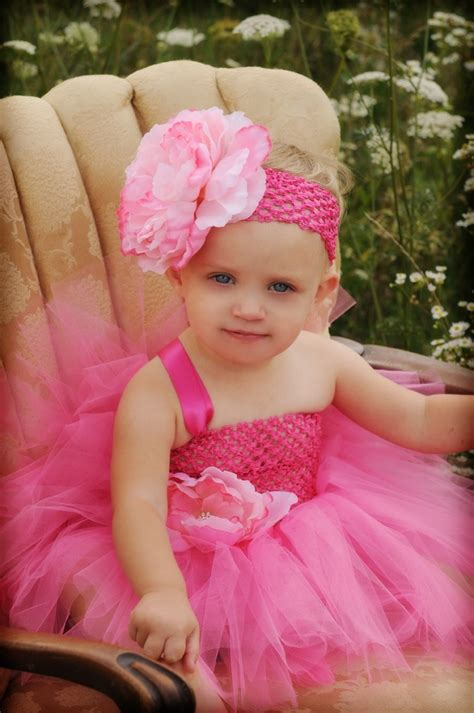 beautiful baby photos with flowers 14 beautiful flower baby headbands