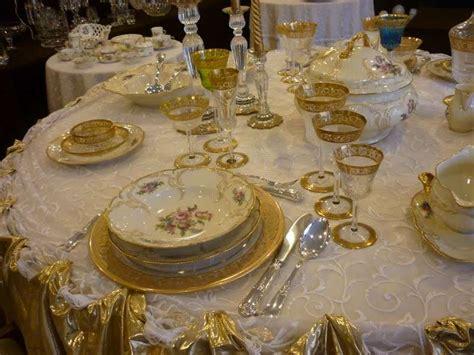 come si prepara la tavola per un pranzo importante tavola di natale classica di rosenthal