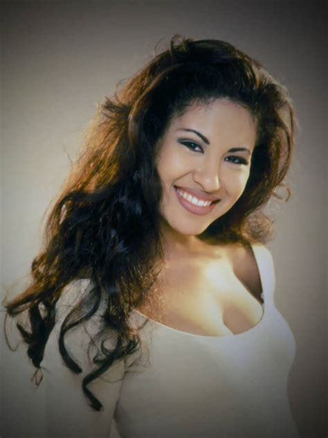 Selena Hairstyles by Selena Quintanilla Hairstyles Immodell Net
