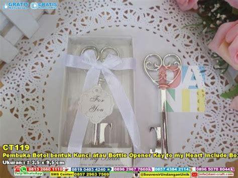 Poluper Wedding Souvenir Pembuka Botol Dengan Bentuk Lucu Wj9 24 best souvenir gift pernikahan di bali images on