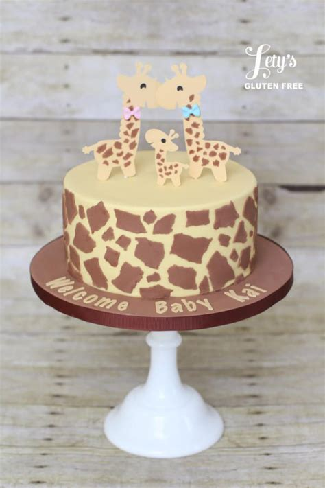 baby giraffe baby shower 17 best ideas about baby shower giraffe on