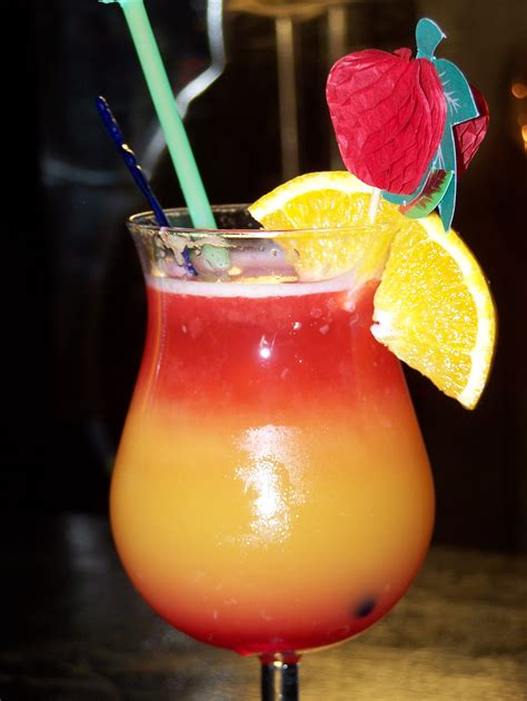 Liquid Hawaiian Cocktal that look like cocktails snap fashion