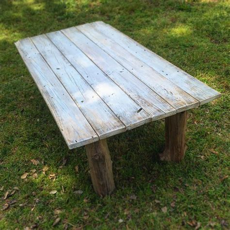 rustic outdoor coffee table the 25 best rustic outdoor coffee tables ideas on