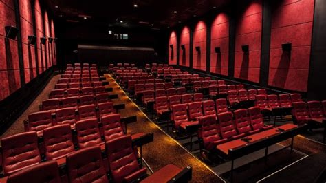 jersey garden mall movie theater