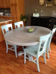 How To Paint Kitchen Table And Chairs Kitchen Chairs And Table Makeover With Sloan Chalk Paint Craft Ideas