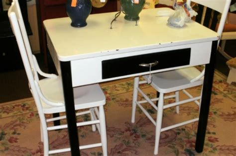 vintage kitchen table with enamel top 16 beautiful