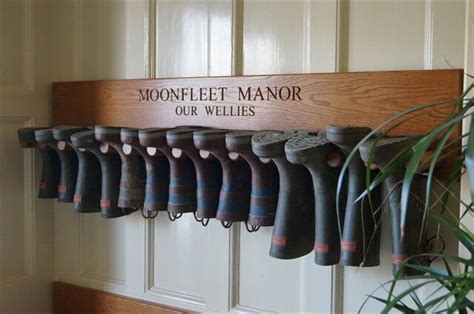 6 diy wooden boot rack boot organizer diy to make