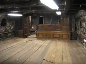 cabin ship