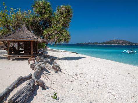 gili islands lombok snorkeling   private boat