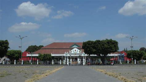 Kraton Jogja Istimewa wisata ke keraton yogyakarta hadiningrat menelusuri tiap