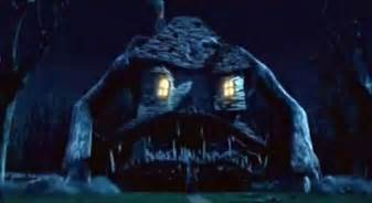 moster house family friendly halloween movie countdown movie 13 monster house 2006