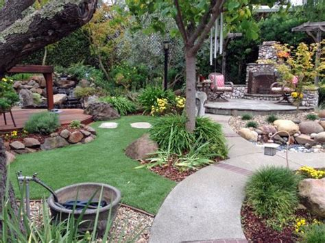 California Landscaping Ideas Green Lawn Apple Valley California Landscape Photos Front Yard Landscaping