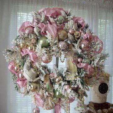 pink wreath holidays pinterest pink wreath wreaths