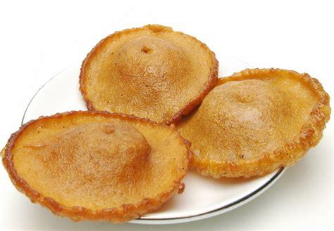 cara membuat jajanan pasar dari tepung terigu resep kue cucur gula merah lezat 517764
