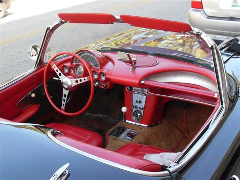 file miami corvette interior jpg wikimedia commons