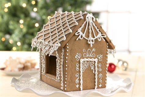 gingerbread house icing recipe decorating with royal icing flourish king arthur flour