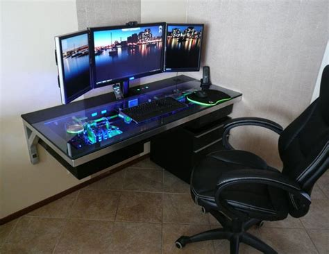 10 Mind Blowing Gaming Battlestations Salvacious Gaming Station Computer Desk