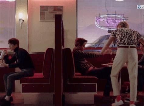 download mp3 exo love me right romantic universe exo love me right romantic universe k pop amino