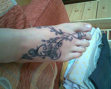 School Arm 5325 by 25 Best Ideas About Vine Foot Tattoos On Side