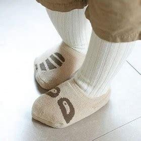Barang Berkualitas Kaos Kaki Bayi Pattern Size M Khaki On kaos kaki bayi pattern size m gray