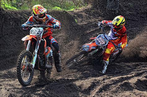 imagenes para fondo de pantalla motocross fondos de pantalla motocross barro dos casco deporte