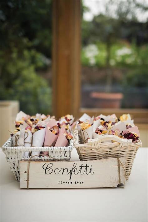 25  best ideas about Confetti Cones on Pinterest   Wedding