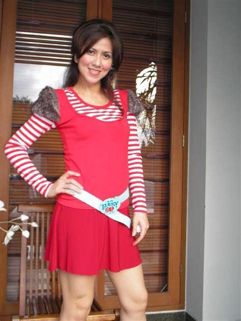 venna melinda payudara hot mom artis indonesia hot