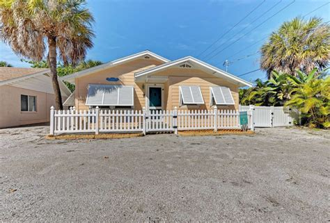beach cottage top 15 anna maria island beach cottage rentals island