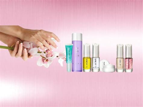 tutorial lipstik oriflame oriflame the one nail cucicle care beautiful hands