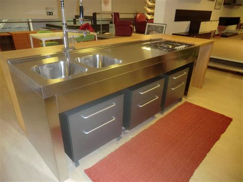 tavolo bancone cucina bancone cucina isola quot arredamenti outlet