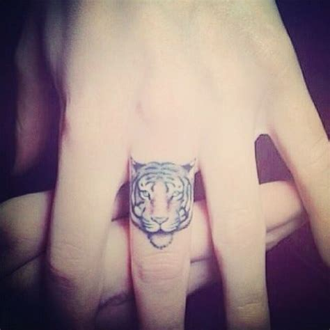 25 Best Ideas About Tiger Tattoo Small On Pinterest Small Tiger Tattoos For