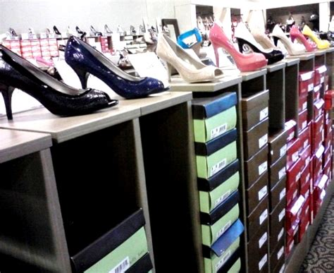 The Purse Store Designer Shoe Sale by Athome At The Grand Opening Of The Designer Shoe