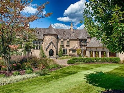 Castle Floor Plans Minecraft live like royalty in these castle homes zillow porchlight