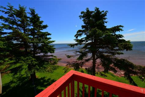 Oceanfront Cottages Pei by Pei Waterfront Cottage For Sale Prince Edward Island