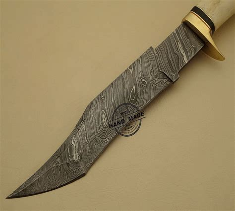 Handmade Bowie Knife - beautiful damascus bowie knife custom handmade
