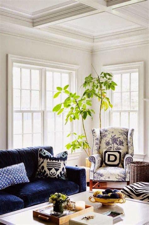 benjamin moore calm   choose  white paint interior