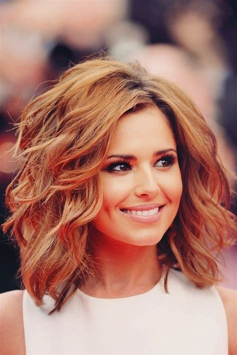 shoulder length haircut for wavy hair 8 easy medium wavy hairstyle ideas popular haircuts