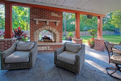 outdoor living spaces photo gallery mosby building arts