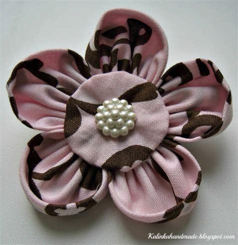 fiori di stoffa tutorial come fare spilla a fiore di stoffa tutorial di kalinka