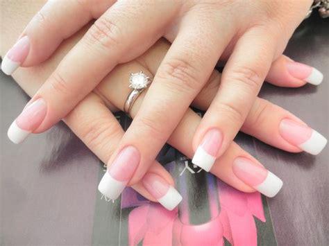 Manicure Di Salon Cantik kuku cantik dengan solar nails