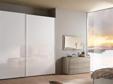 armadio laccato lucido armadio alpe square moderno laccato lucido ante scorrevoli