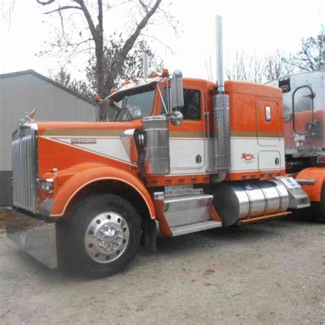 kenworth seattle freightliner 2007 sleeper semi trucks