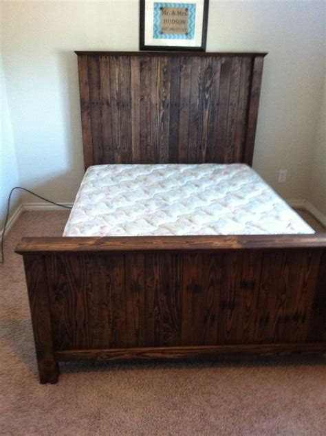 Headboard And Footboard by 4x4s And Pallet Headboard And Footboard Diy Projects