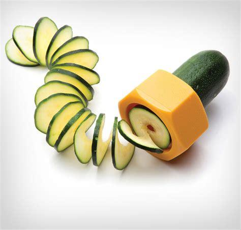 spiral cutter cucumbo a cucumber spiral slicer