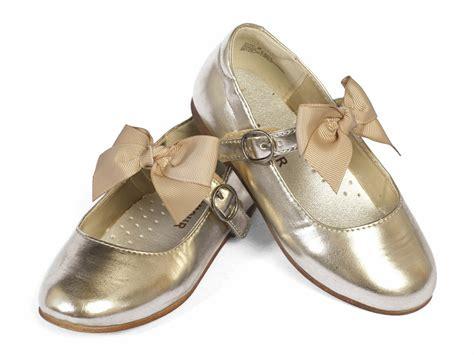 l amour gold dress shoes w bow