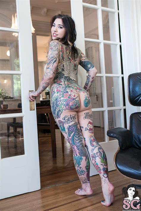 hot tattooed chicks neptune sg tattooed tattoos tattoos