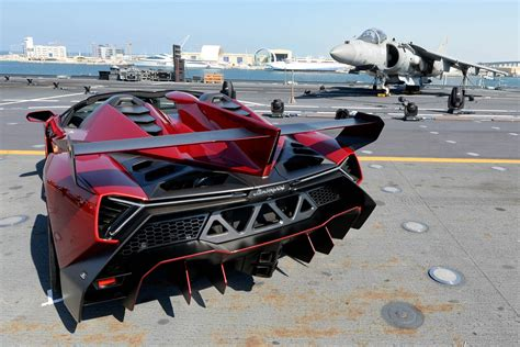 Lamborghini Veneno Engine Size Lamborghini Unveils Veneno Roadster On An Aircraft Carrier